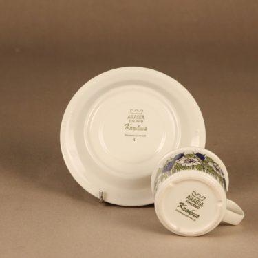 Arabia Krokus kahvikuppi, vihreä, suunnittelija Esteri Tomula, kukka kuva 3