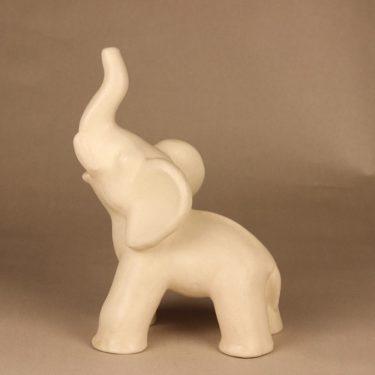 Kupittaan savi 359 III figuuri , Norsu, suunnittelija Kerttu Suvanto-Vaajakallio, Norsu, suuri