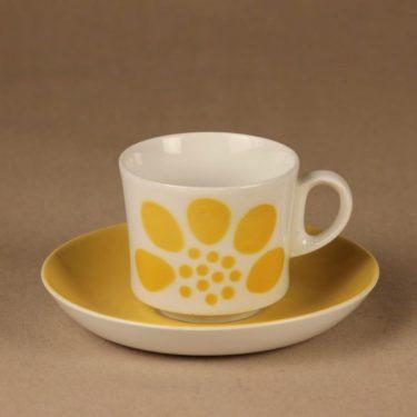 Arabia BR kahvikuppi, puhalluskoriste, suunnittelija , puhalluskoriste