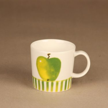Arabia Apple mug, Seasonal product 2006 designer Minna Immonen