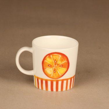 Arabia Appelsiini muki sesonkituote 2006 suunnittelija Minna Immonen 2