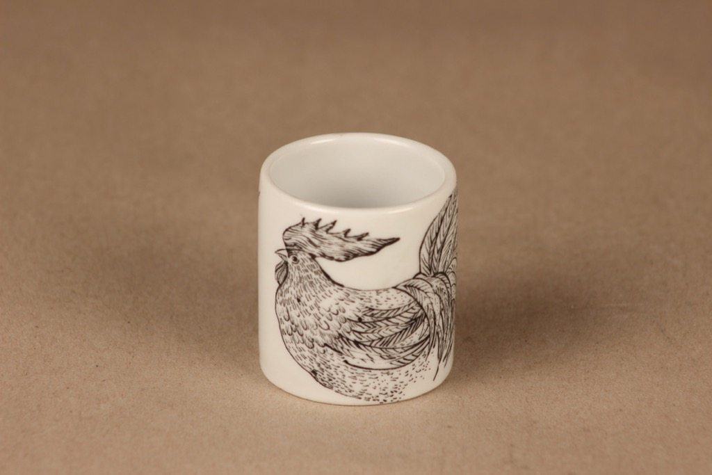 Arabia Kukko egg cup, hand-painted designer Gunvor Olin-Grönqvist
