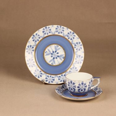 Arabia Sinikka coffee cup and plates, hand-painted