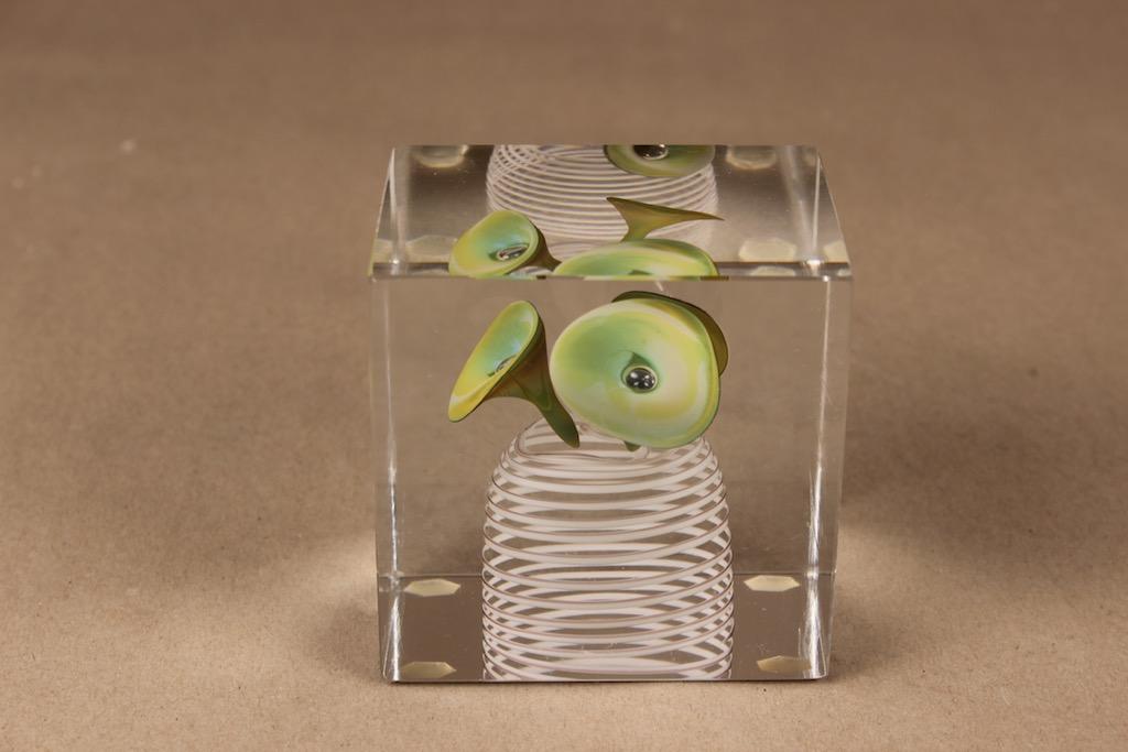 Nuutajärvi annual cube 1978 designer Oiva Toikka