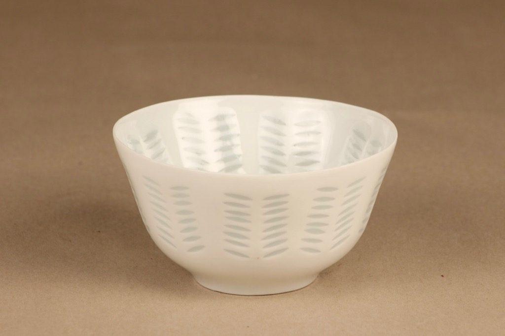 Arabia FK rice porcelain bowl designer Friedl Holzer-Kjellberg