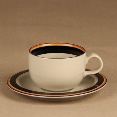 Arabia Reimari teekuppi, suunnittelija Inkeri Leivo, raitakoriste