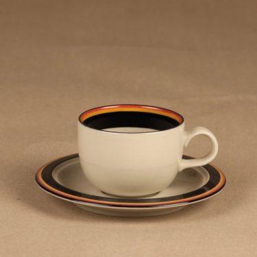 Arabia Reimari kahvikuppi, suunnittelija Inkeri Leivo, raitakoriste