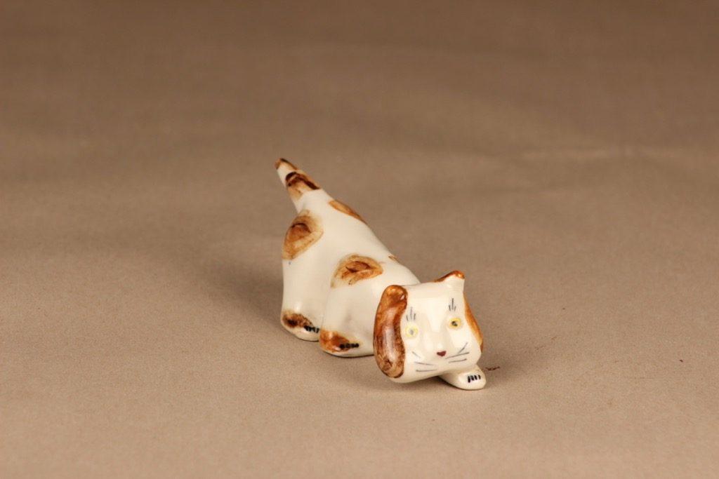 Arabia figuuri kissa, käsinmaalattu, suunnittelija Michael Schilkin, käsinmaalattu