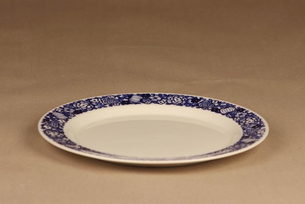 Arabia E dinner plate designer Göran Bäck