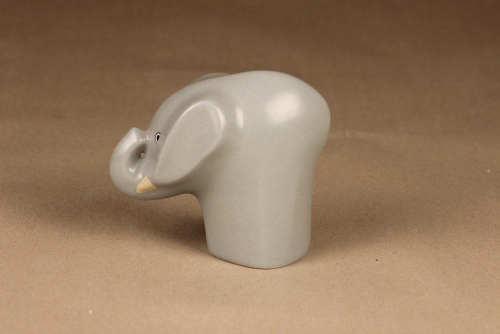 Arabia Runfree figuuri, norsu Alex, suunnittelija Howard Smith, norsu Alex