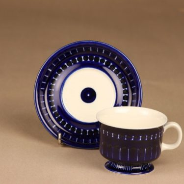 Arabia Valencia kahvikuppi, käsinmaalattu, suunnittelija Ulla Procope, käsinmaalattu, signeerattu kuva 2