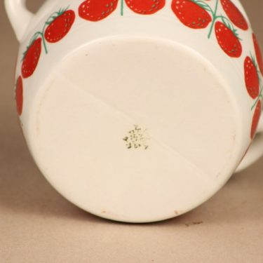 Arabia Pomona strawberry bowl designer Raija Uosikkinen 3