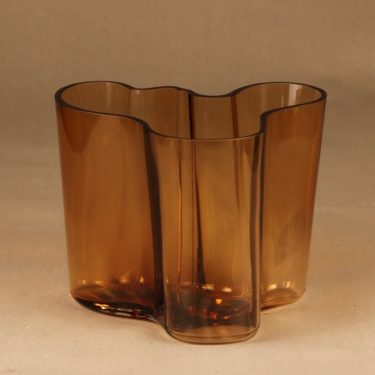 Iittala Aalto-collection vase, numbered designer Alvar Aalto