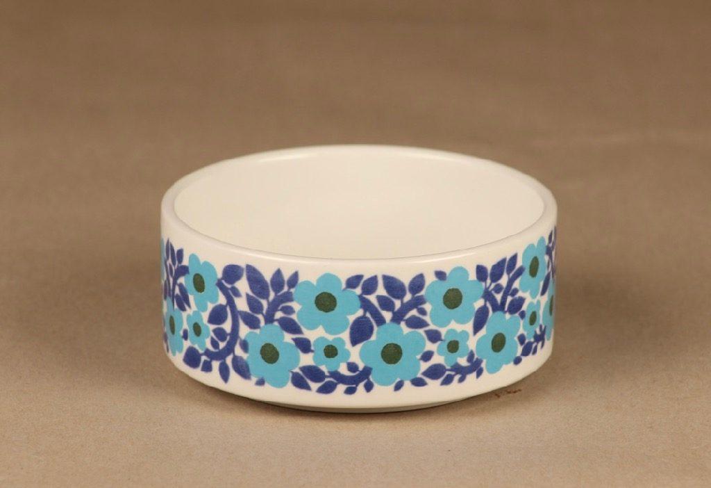 Arabia Ahmet bowl designer Raija Uosikkinen