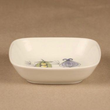Arabia Vegeta bowl, hand-painted designer Esteri Tomula 2