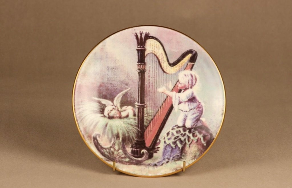 Arabia Forest chords wall plate Trombone designer Sussi Anna Åberg