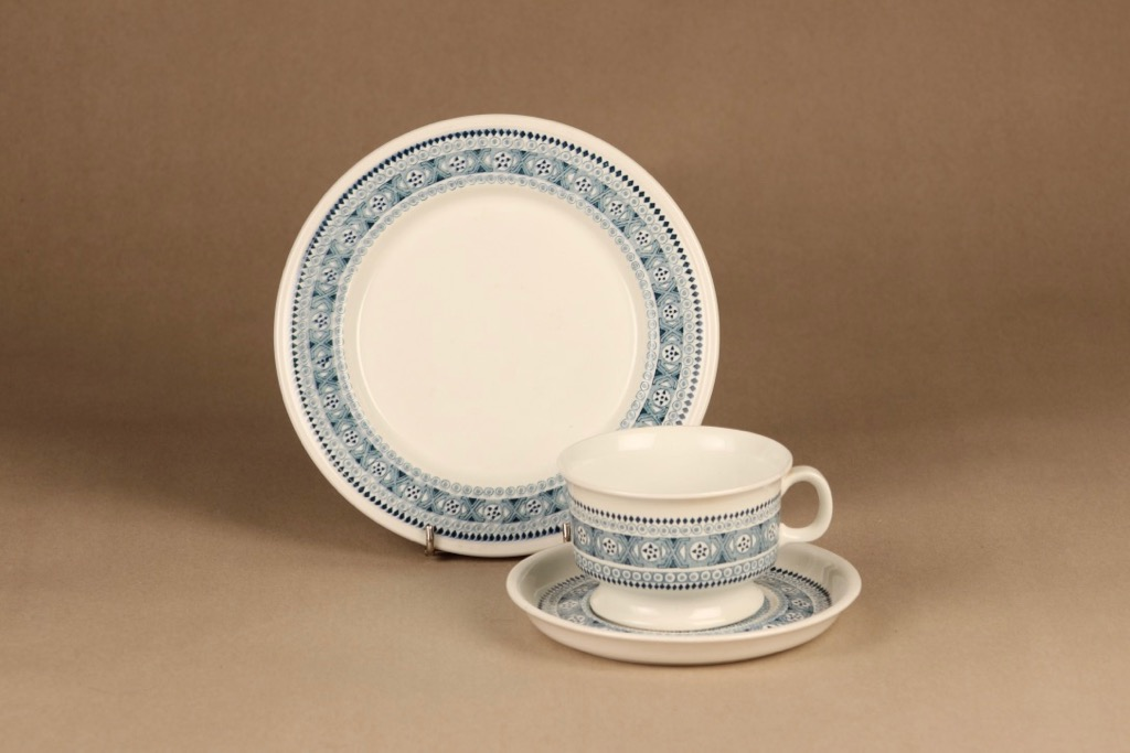 Arabia ND 3 tea cup and plates(2) designer