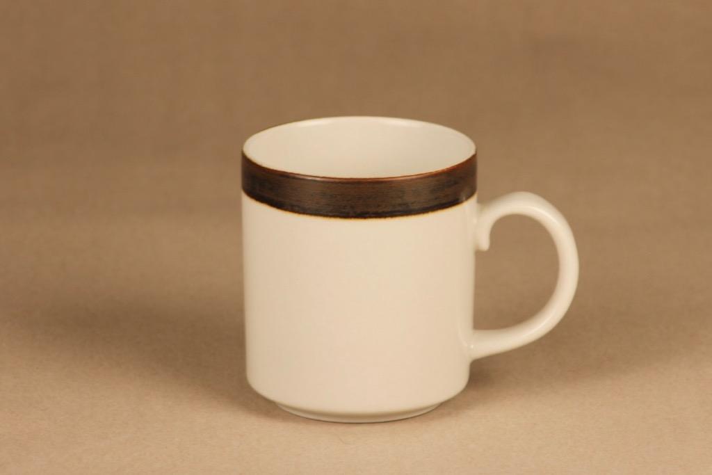 Arabia Karelia mug designer Anja Jaatinen-Winquist