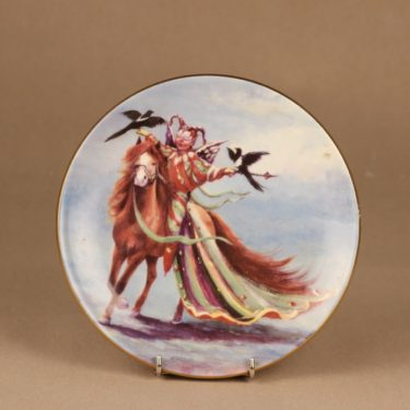 Arabia Knight of happiness wall plate Courage designer Sussi Anna Åberg
