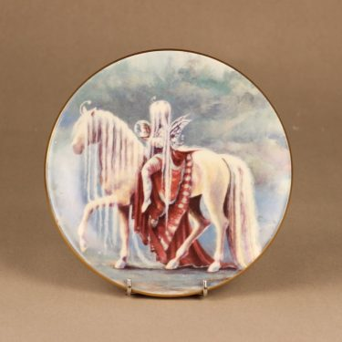 Arabia Knight of happiness wall plate Beauty designer Sussi Anna Åberg