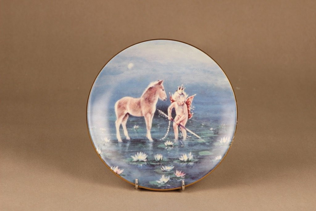 Arabia Knight of happiness wall plate Goodness designer Sussi Anna Åberg