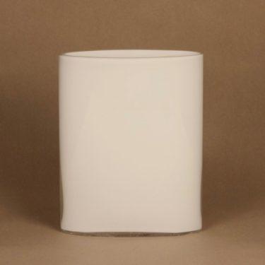 Iittala Ovalis vase designer Tapio Wirkkala