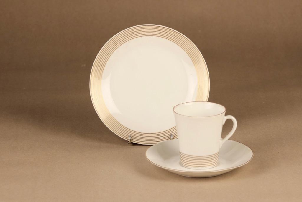 Arabia Jaana kahvikuppi ja lautaset(2), raitakoriste, suunnittelija Raija Uosikkinen, raitakoriste