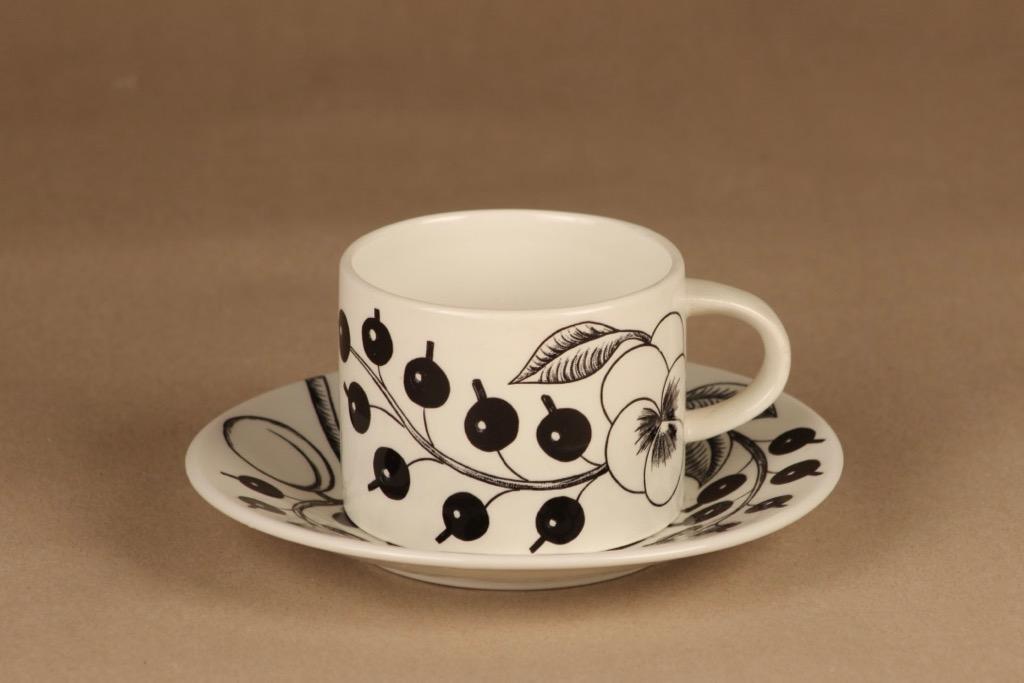 Arabia paratiisi teekuppi, mustavalkoinen, suunnittelija Birger Kaipiainen, kukka