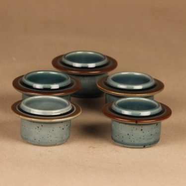 Arabia Meri egg cup designer Ulla Procope