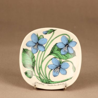 Arabia Botanica wall plate Forest Pansy designer Esteri Tomula
