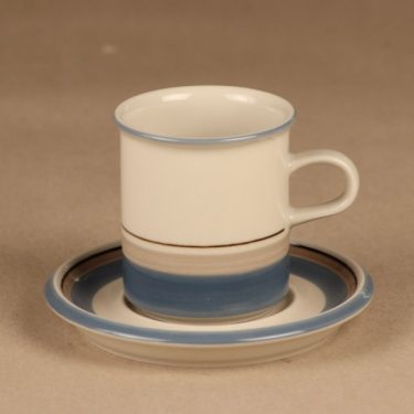 Arabia Uhtua coffee cup designer Inkeri Toikka