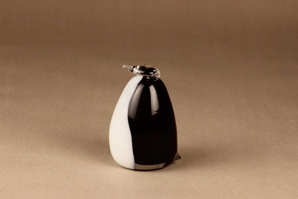 Nuutajärvi lintu , Pingviini, suunnittelija Oiva Toikka, Pingviini, signeerattu
