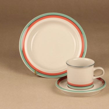 Arabia Milja coffee cup and plates (2)