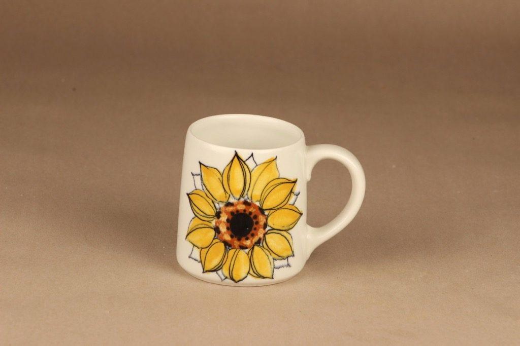 Arabia Aurinkoruusu muki, käsinmaalattu, suunnittelija Hilkka-Liisa Ahola, käsinmaalattu, Kukka, 45 cl