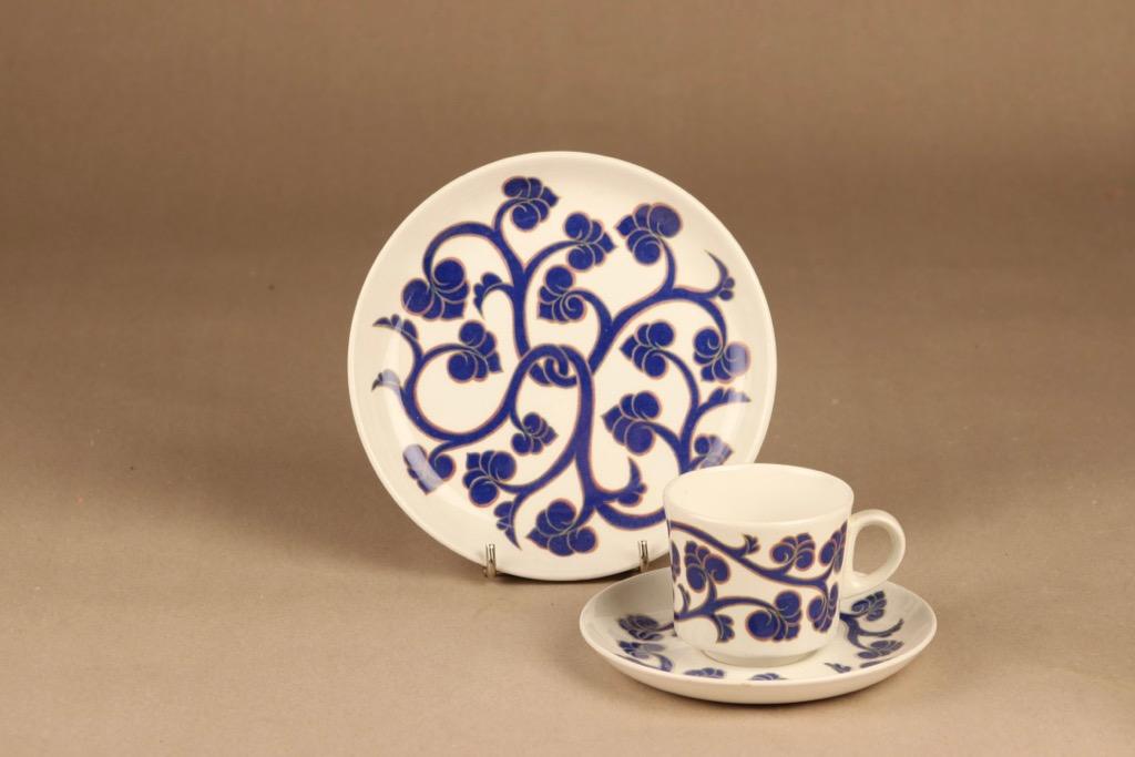 Arabia Lyydia coffee cup and plates designer Laila Hakala