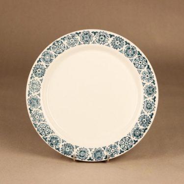 Arabia Kekri dinner plate designer Raija Uosikkinen