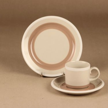 Arabia Tupa coffee cup and plates(2) designer Anja Jaatinen-Winquist