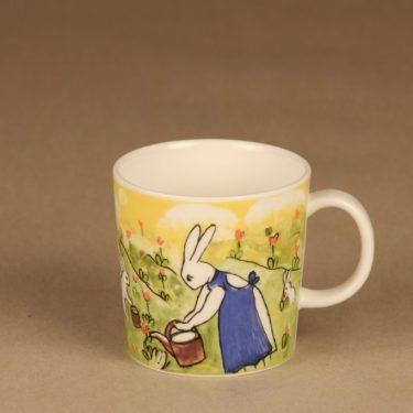 Arabia Teema rabbit mug Gardener Bunnies designer Heljä Liukko-Sundström