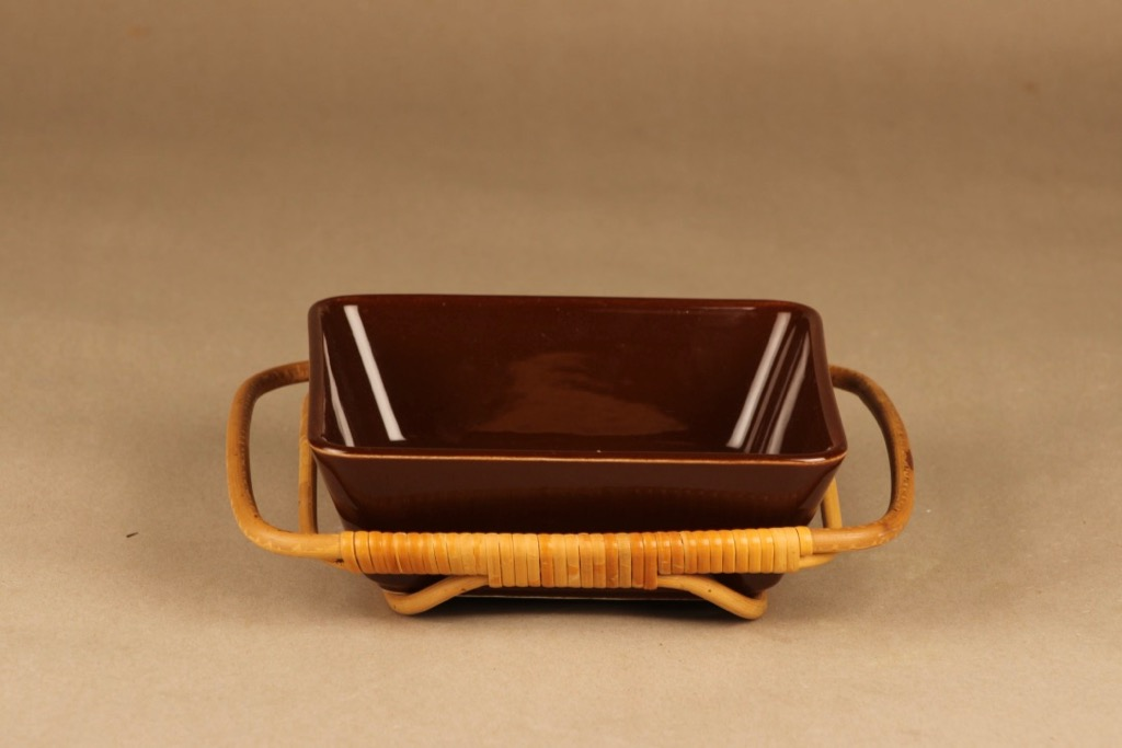 Arabia Kilta serving bowl with rattan designer Kaj Franck