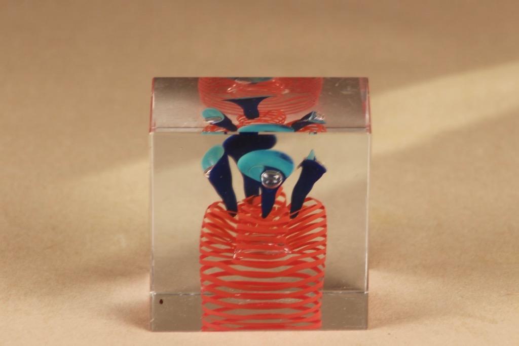 Nuutajärvi limited edition cube art glass designer Oiva Toikka