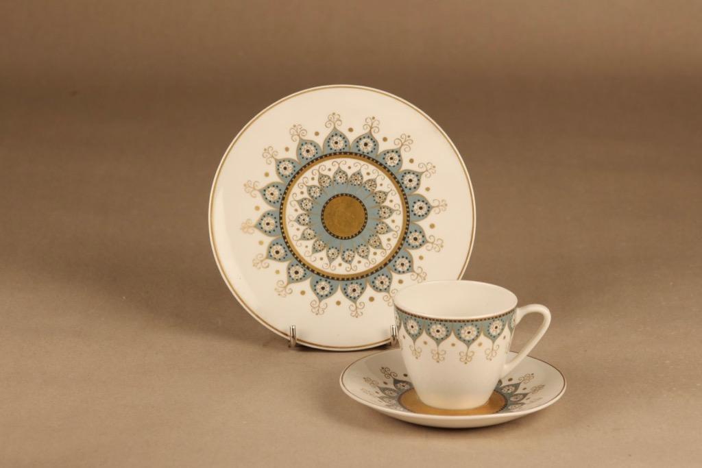 Arabia Kalinka kahvikuppi ja lautaset(2), suunnittelija Hilkka-Liisa Ahola,