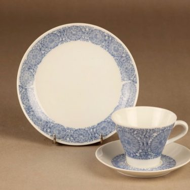 Arabia Filigran coffee cup and plates(2) designer Raija Uosikkinen