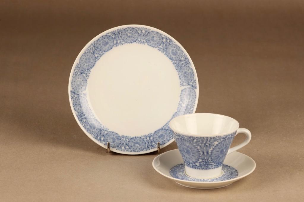 Arabia Filigran kahvikuppi ja lautaset(2), sininen, suunnittelija Raija Uosikkinen, serikuva
