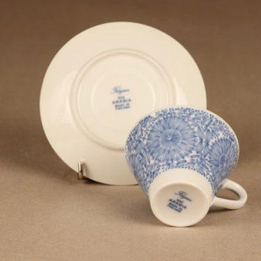 Arabia Filigran kahvikuppi ja lautaset(2), sininen, suunnittelija Raija Uosikkinen, serikuva kuva 3