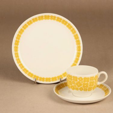 Arabia Leinikki coffee cup and plates(2), yellow designer unknown