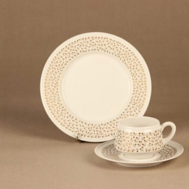 Arabia Kimmel coffee cup and plates(2) designer Esteri Tomula