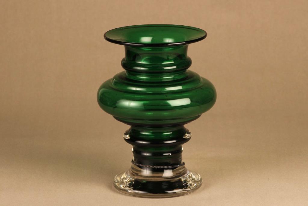 Riihimäen lasi Tornado maljakko, vihreä, suunnittelija Tamara Aladin,