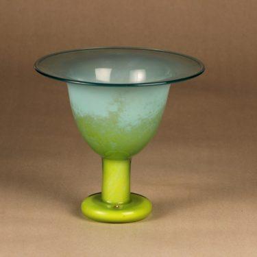 Nuutajärvi art glass coblet, signed designer Oiva Toikka