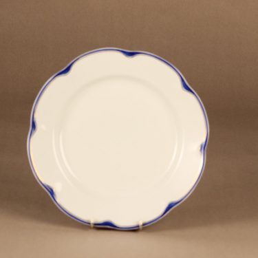 Arabia Pekka dinner plate designer unknown