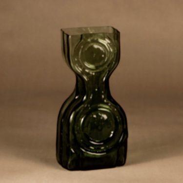 Riihimäen lasi Kaappikello green vase, exhibit designer Helena Tynell